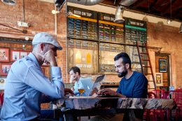 8 things to consider while choosing a co-working space